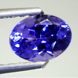 NATURAL TANZANITE OVAL SHAPE 1,16 CT.
