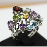 NATURALS GEMSTONES IN SILVER RING